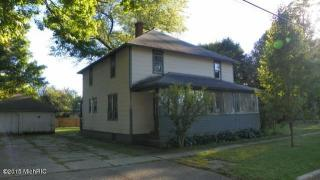 610 South St, Three Rivers, MI 49093