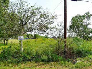 8525 County Road 121, Rosharon TX