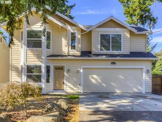 12835 SE 20th Ave, Milwaukie, OR 97222