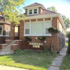 9135 South Drexel Avenue, Chicago IL