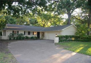 4009 Hartwood Dr, Fort Worth, TX 76109