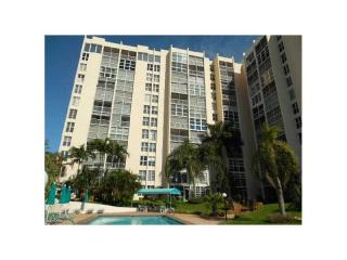 1391 Ocean Blvd #207, Pompano Beach, FL 33062