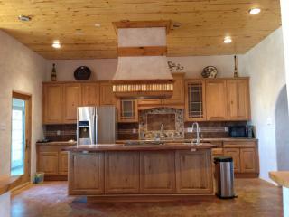 1410 Maestas Rd, Taos, NM 87571