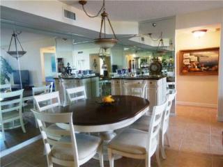 3610 Yacht Club Dr #512, Miami, FL 33180