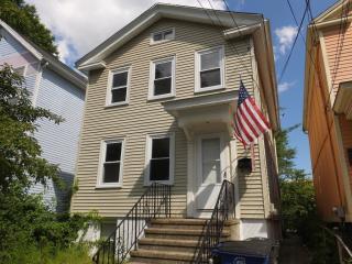 21 Nash St, New Haven, CT 06511