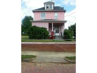 1107 Emerson Ave, Farrell, PA 16121
