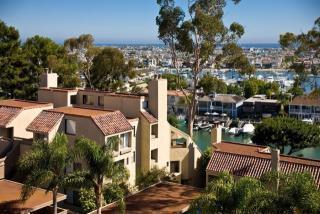 200 Promontory Dr W, Newport Beach, CA 92660
