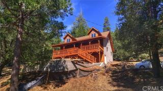 401 Wald Ct, Lake Gregory, CA 92325