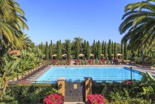 100 Vilaggio, Newport Beach, CA 92660