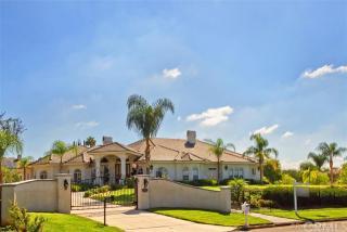 16800 Cecil Pl, Riverside, CA 92504