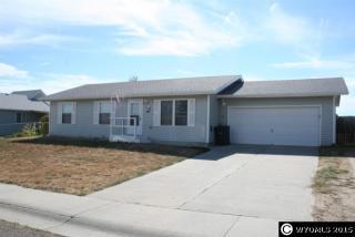 469 S Sage Rd, Glenrock, WY 82637