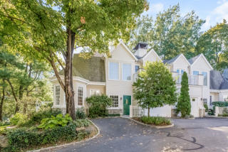 48 Spring St, Greenwich, CT 06830