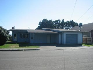 560 W Condor St, Crescent City, CA 95531