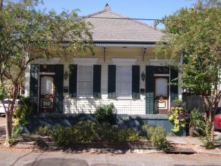 449 Elmira Ave, New Orleans, LA 70114