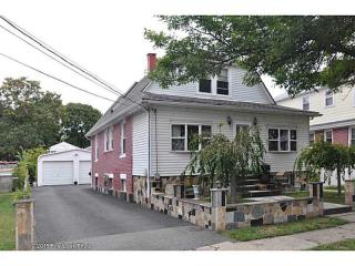 189 Central Ave, East Providence, RI 02914