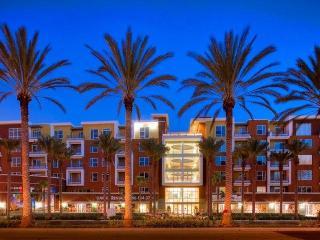 2100 E Katella Ave, Anaheim, CA 92806