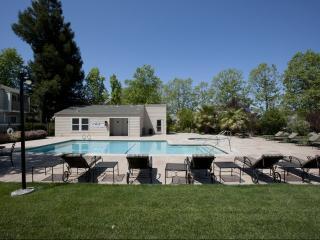 240 Burt St, Santa Rosa, CA 95407