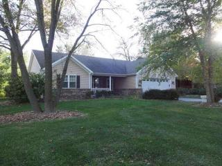 28921 Kramer Dr, Waterford, WI 53185