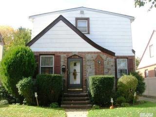 8506 251st St, Bellerose, NY 11426