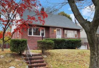 315 Myers Ave, Hasbrouck Heights, NJ 07604