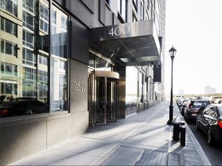 400 W 63rd St, New York, NY 10069