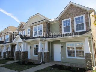 140 Cobblestone Place Dr, Goodlettsville, TN 37072