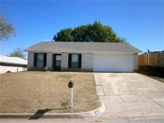 817 Panay Way Dr, Fort Worth, TX 76108