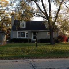 15 W 671 Lexington St, Elmhurst, IL 60126