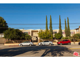 6133 Whitsett Ave #33, North Hollywood, CA 91606