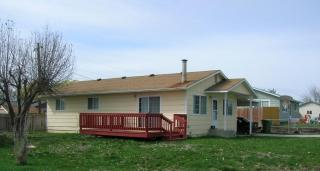 208 Pleasant St, New Plymouth, ID 83655