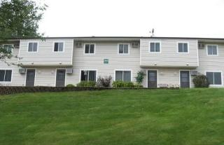 340 Crosstown Blvd, Chaska, MN 55318