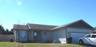 403 SE 44th St, Topeka, KS 66609