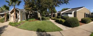 7625 N 1st St, Fresno, CA 93720