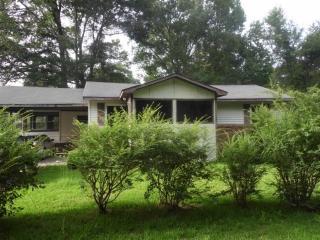 1215 Green St, Laurel, MS 39440