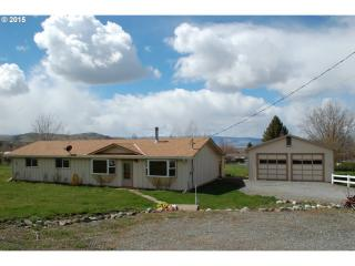 60924 Overlook Dr, Cove, OR 97824