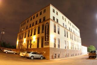 1611 8th St SE, Minneapolis, MN 55414