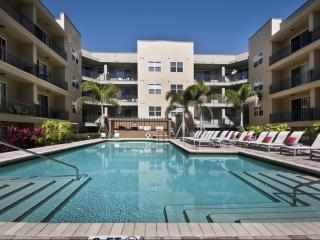 110 S Hoover Blvd, Tampa, FL 33609