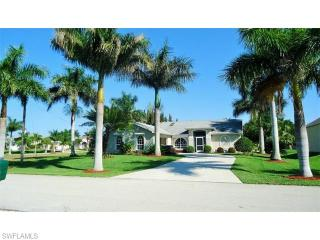 2717 Southwest 37th Terrace, Cape Coral FL