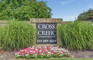 5756 Cross Creek Dr, Indianapolis, IN 46254