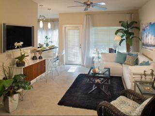 1300 Shetter Ave, Jacksonville Beach, FL 32250