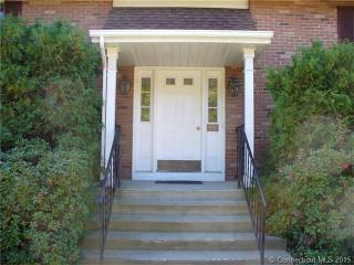 300 Boston Post Rd #31, Waterford, CT 06385