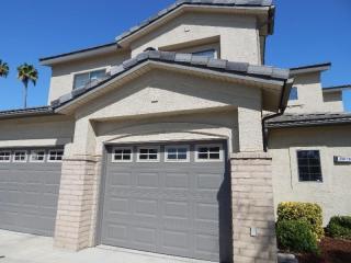 3300 N Rhino St, Lemoore, CA 93245