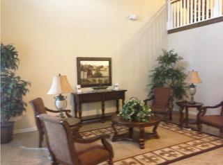 388 E Shamrock Ave, Pineville, LA 71360