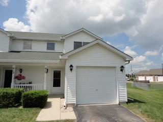 415 Richmond Ct, Oswego, IL 60543