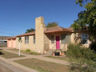 1923 S 3rd St, Tucumcari, NM 88401