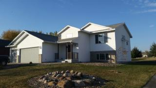 313 Golfview Dr, Albany, MN 56307