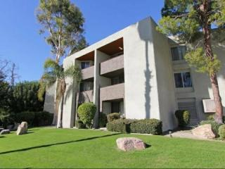 2720 E Tahquitz Canyon Way, Palm Springs, CA 92262