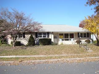 325 Cedar Ave, Hershey, PA 17033
