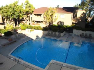 1380 Ballena Blvd, Alameda, CA 94501