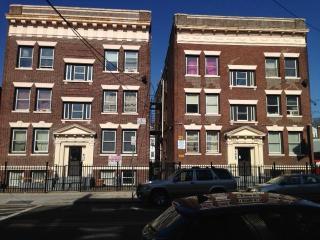 680 Summer Ave, Newark, NJ 07104